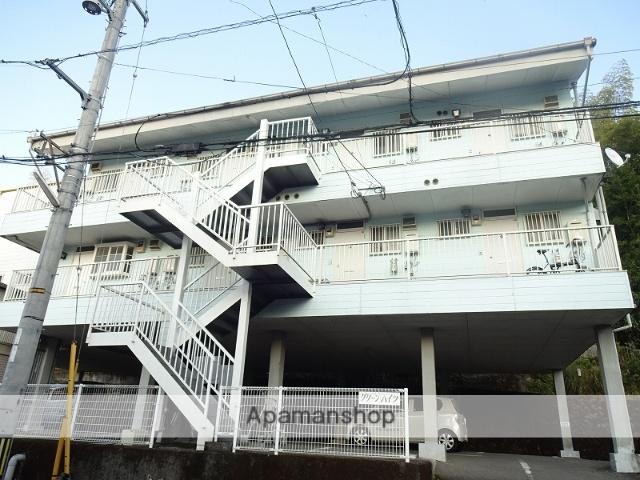 高知県高知市の築27年 3階建の賃貸アパート