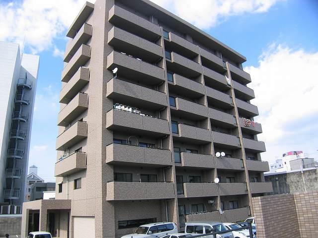 高知県高知市、上町五丁目駅徒歩2分の築18年 8階建の賃貸マンション