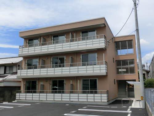 高知県高知市、上町四丁目駅徒歩4分の築4年 3階建の賃貸マンション