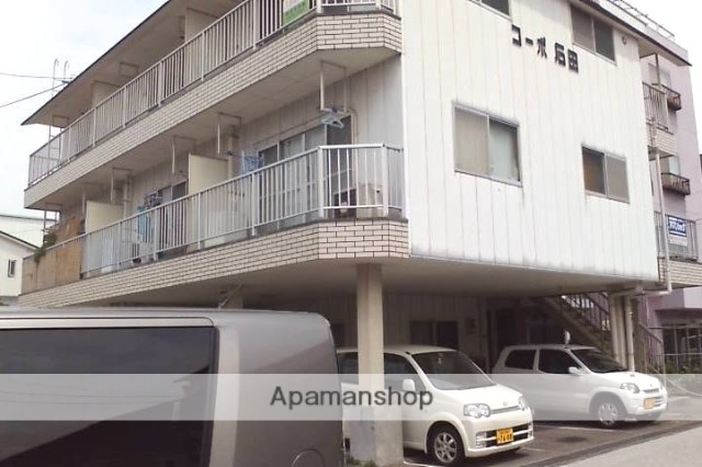 高知県高知市、桟橋通一丁目駅徒歩5分の築29年 3階建の賃貸アパート