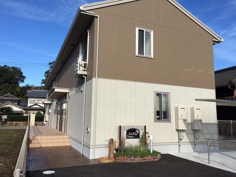 高知県香美市、土佐山田駅徒歩18分の築2年 2階建の賃貸アパート