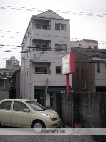 高知県高知市、菜園場町駅徒歩3分の築29年 4階建の賃貸マンション