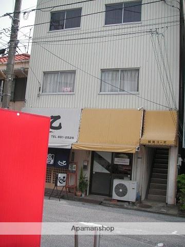 高知県高知市、菜園場町駅徒歩1分の築44年 3階建の賃貸アパート