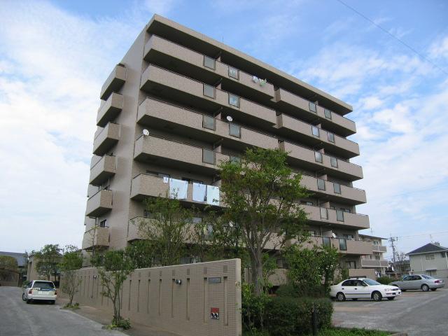 高知県南国市、後免西町駅徒歩5分の築21年 7階建の賃貸マンション