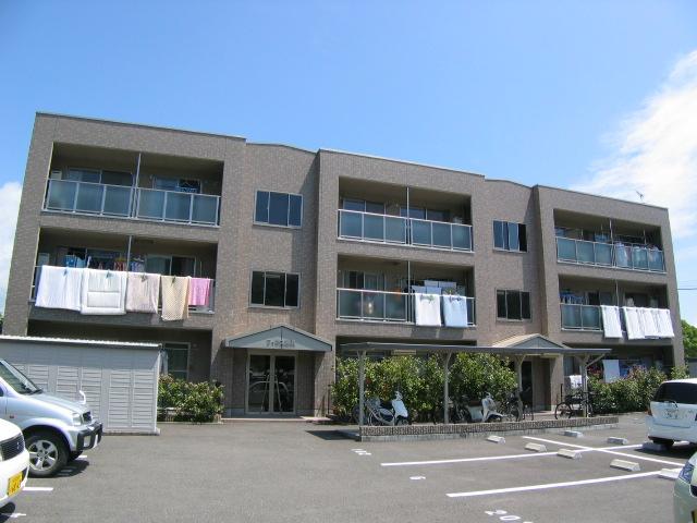 高知県高知市の築16年 3階建の賃貸マンション