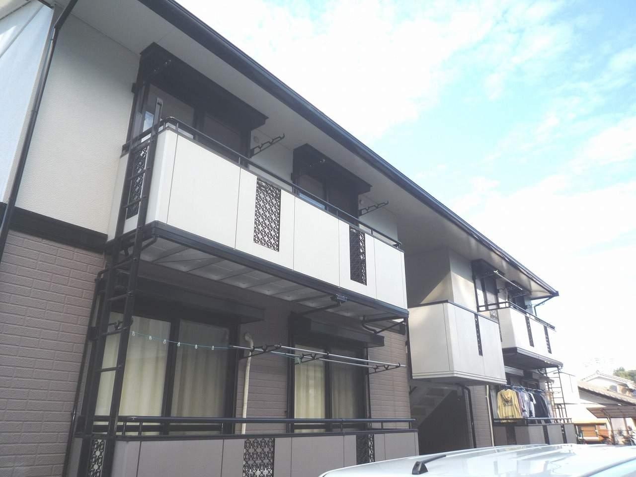 高知県高知市、鹿児駅徒歩1分の築22年 2階建の賃貸アパート