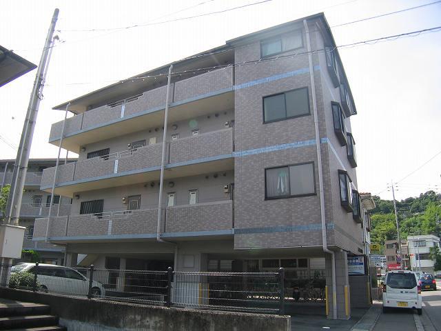 高知県高知市、県庁前駅徒歩13分の築20年 4階建の賃貸マンション