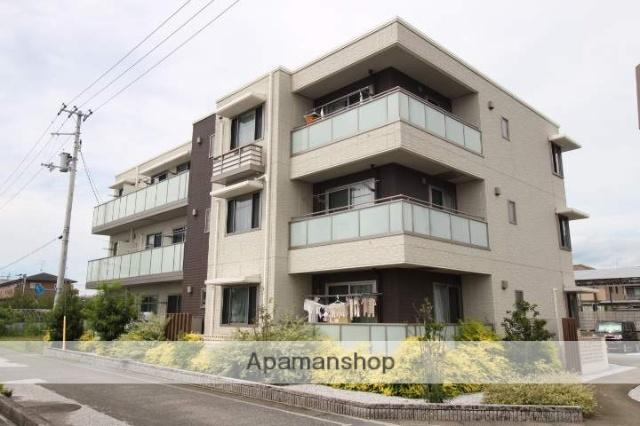 高知県香美市、土佐山田駅徒歩10分の築2年 3階建の賃貸マンション