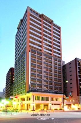 福岡県福岡市中央区、西鉄福岡(天神)駅徒歩9分の築10年 20階建の賃貸マンション