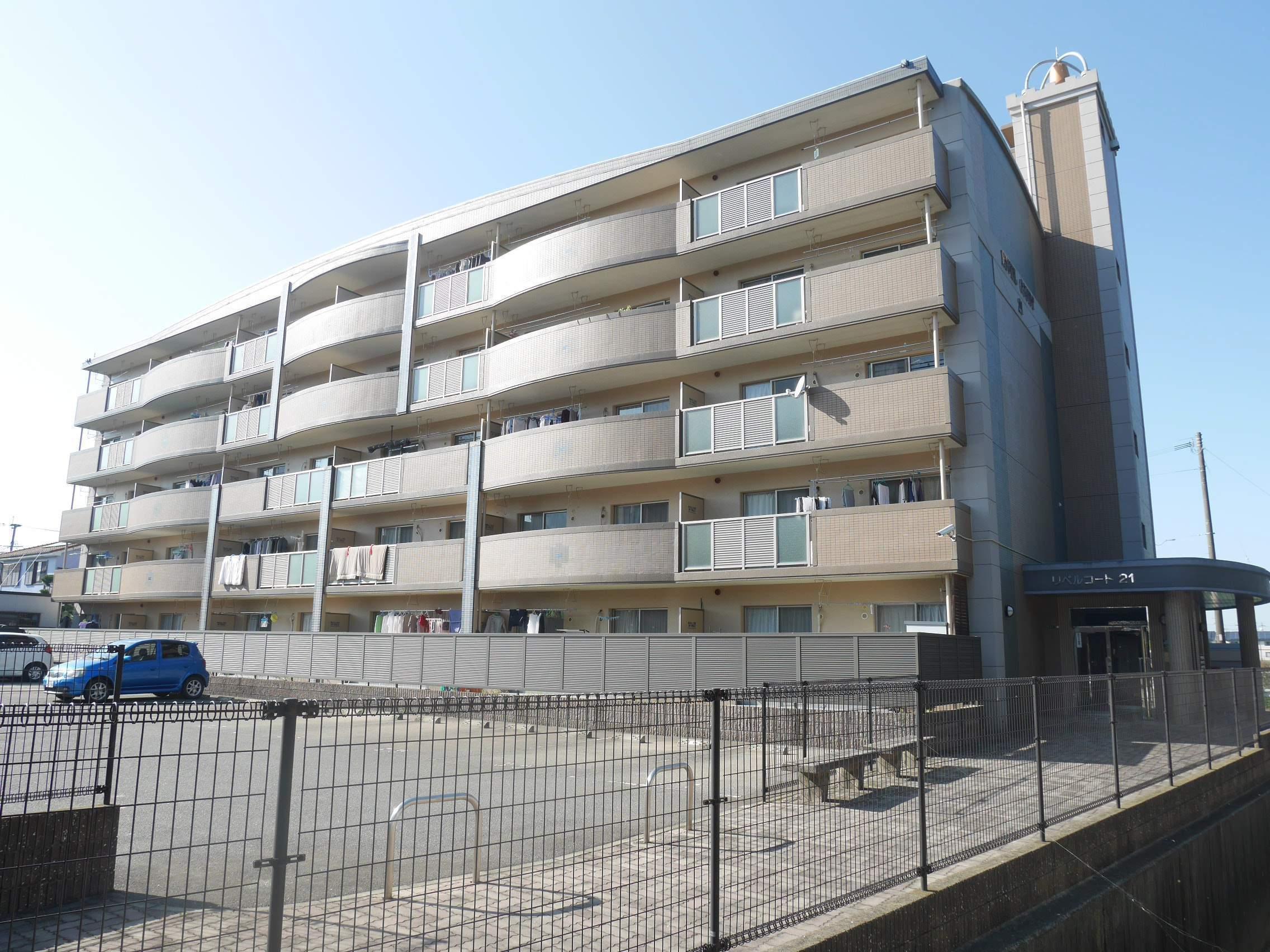福岡県太宰府市、都府楼南駅徒歩12分の築16年 5階建の賃貸マンション