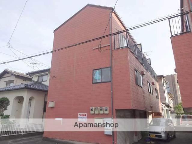 福岡県春日市、春日駅徒歩7分の築22年 3階建の賃貸アパート