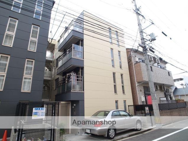 福岡県福岡市南区、薬院駅徒歩17分の築5年 4階建の賃貸マンション