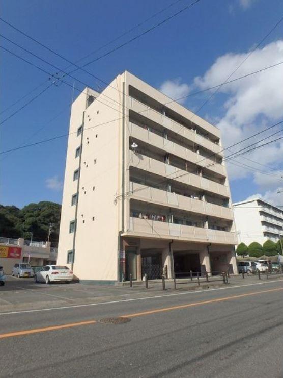 福岡県福岡市中央区、西鉄平尾駅徒歩21分の築45年 7階建の賃貸マンション