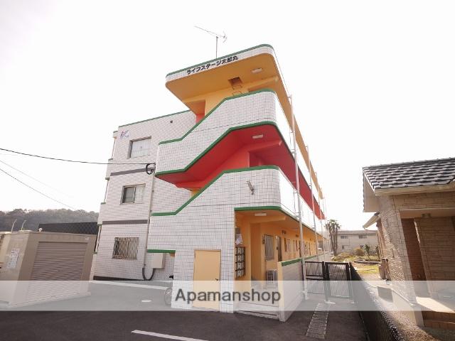 福岡県飯塚市、天道駅徒歩12分の築2年 3階建の賃貸マンション