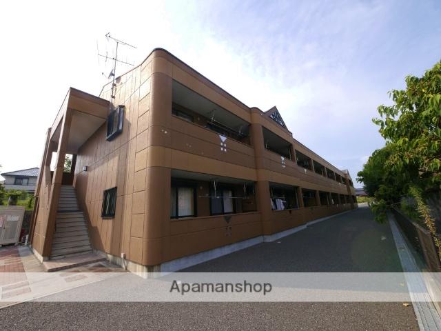 福岡県飯塚市、新飯塚駅徒歩50分の築8年 2階建の賃貸アパート