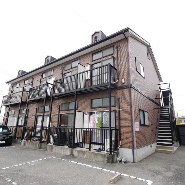 福岡県古賀市、千鳥駅徒歩4分の築14年 2階建の賃貸アパート