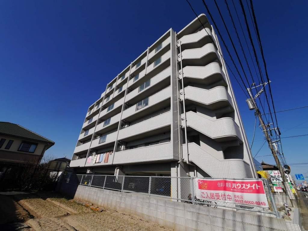福岡県古賀市、千鳥駅徒歩15分の築3年 7階建の賃貸マンション