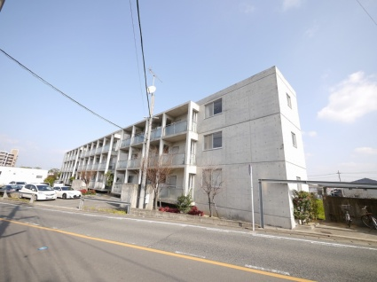 福岡県古賀市、古賀駅徒歩12分の築15年 3階建の賃貸マンション