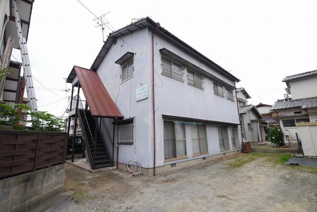 福岡県古賀市、千鳥駅徒歩30分の築37年 2階建の賃貸アパート