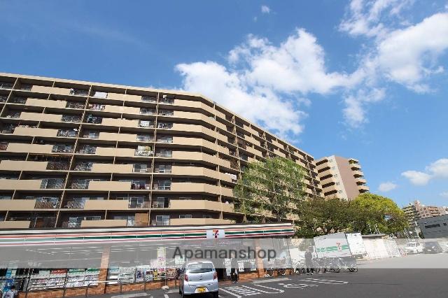 福岡県福岡市博多区、呉服町駅徒歩16分の築42年 11階建の賃貸マンション