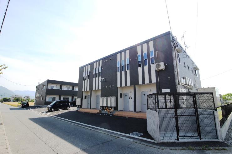 福岡県朝倉郡筑前町、甘木駅徒歩27分の築1年 2階建の賃貸アパート