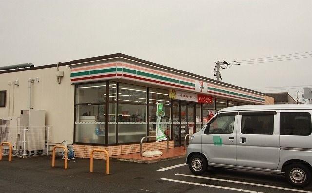 セブンイレブン朝倉一木店 350m