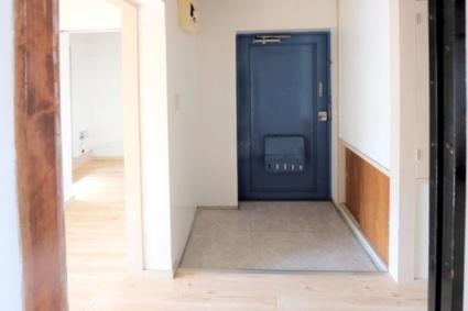 ビレッジハウス栗面2号棟[2DK/38.46m2]の玄関
