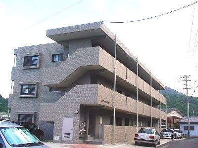 長崎県西彼杵郡時津町の築15年 3階建の賃貸マンション