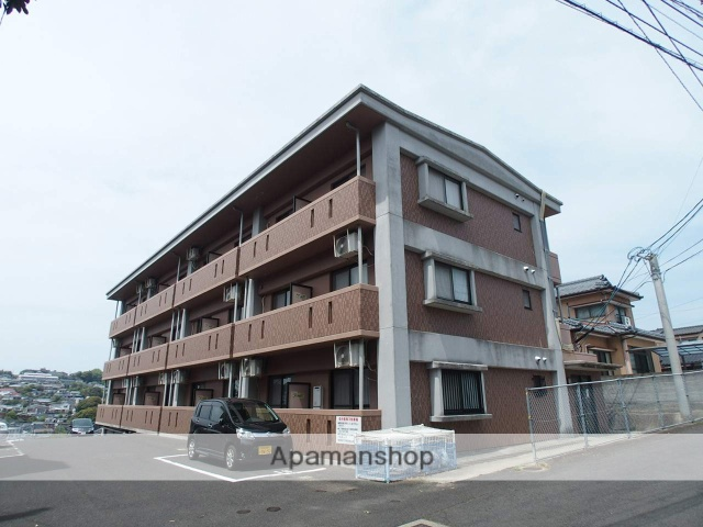 長崎県佐世保市の築14年 3階建の賃貸マンション