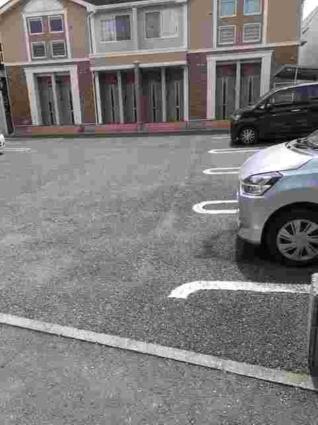リバーサイド東子飼[1LDK/42.37m2]の駐車場
