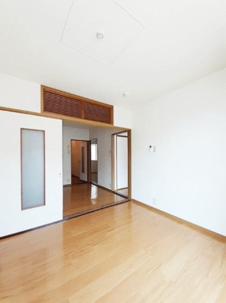 フローラルYM[3DK/53.82m2]の玄関