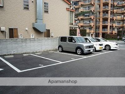 シャンポール水前寺[2K/40.23m2]の駐車場
