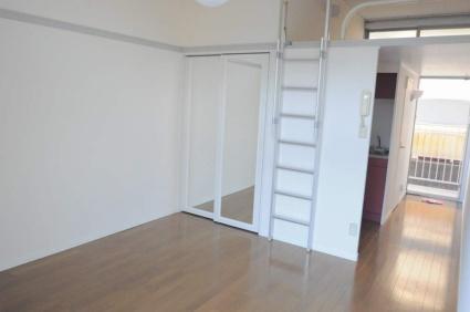 レオパレスCIMA[1K/20.28m2]のリビング・居間2