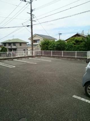 ウエスト・サンリット[1LDK/44.9m2]の駐車場
