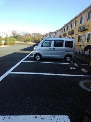グローリー花立Ⅱ[3LDK/65.57m2]の駐車場
