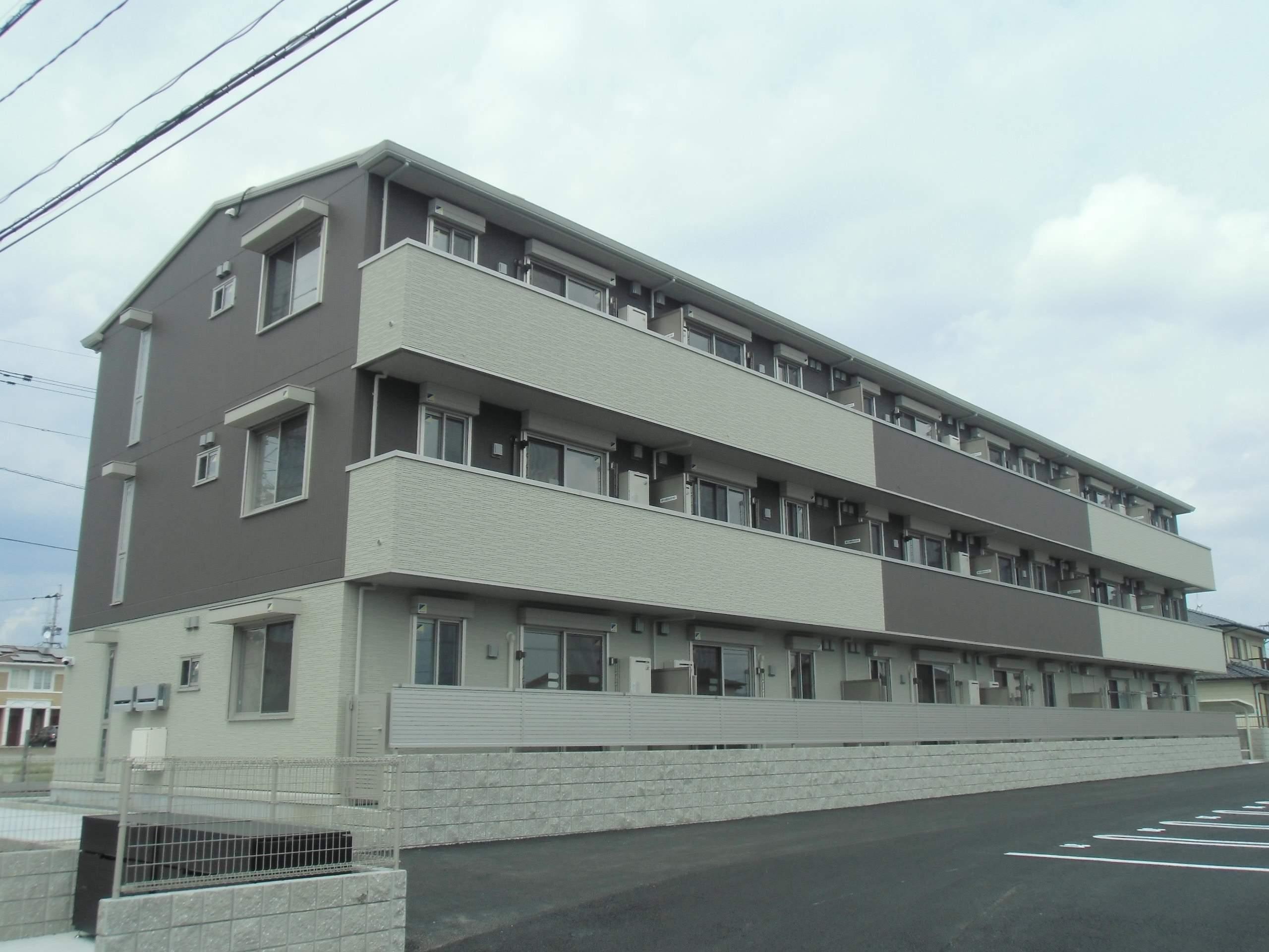 熊本県上益城郡益城町の築2年 3階建の賃貸アパート