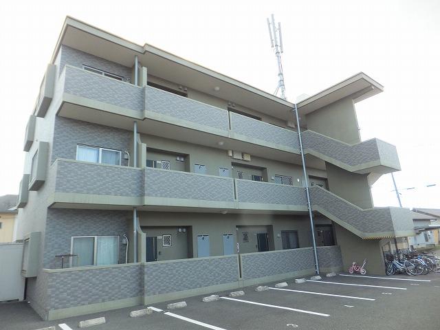 熊本県上益城郡益城町の築10年 3階建の賃貸マンション