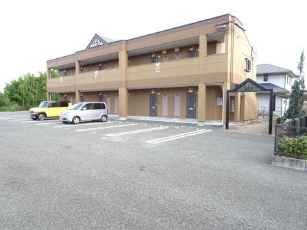 熊本県玉名市の築8年 2階建の賃貸アパート
