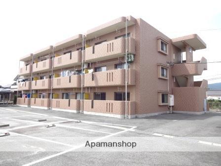 熊本県玉名市の築8年 3階建の賃貸マンション