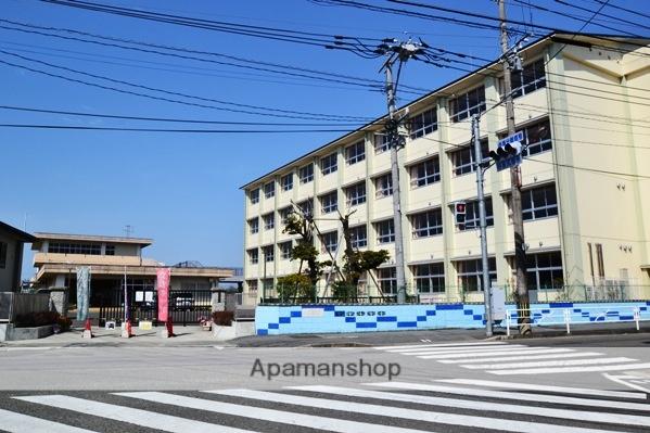 第二中学校 1140m