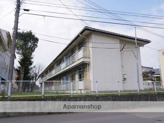 大分県宇佐市の築40年 2階建の賃貸アパート