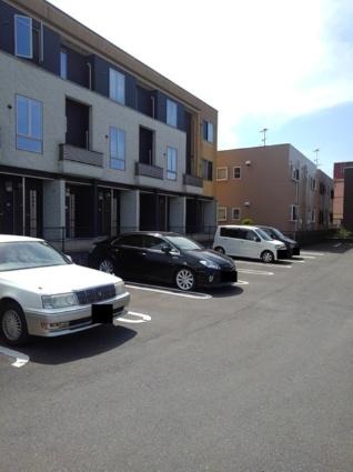 メイ・ピース[1LDK/41.27m2]の駐車場