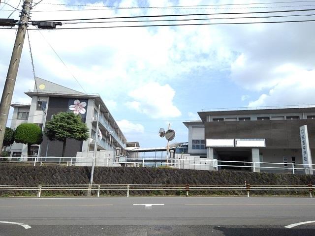 末吉中学校 850m