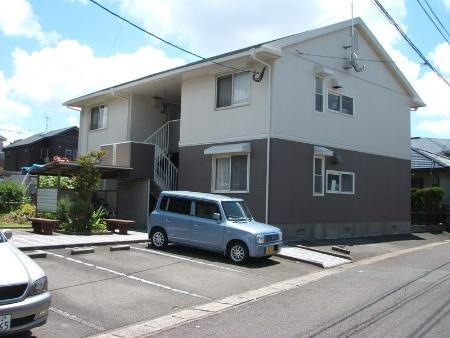 鹿児島県鹿児島市、高見橋駅徒歩40分の築23年 2階建の賃貸アパート