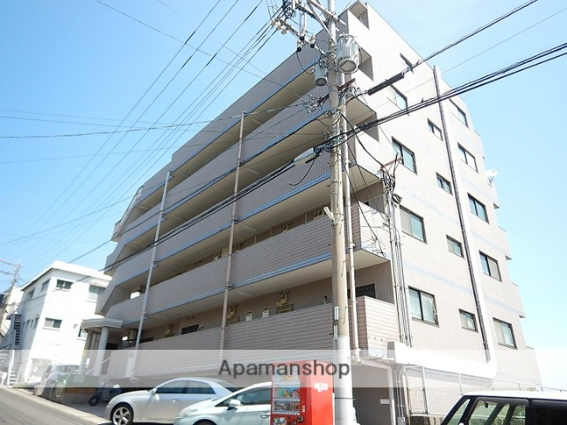 鹿児島県鹿児島市、唐湊駅徒歩10分の築25年 5階建の賃貸マンション