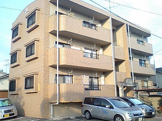 鹿児島県鹿児島市、宇宿駅徒歩12分の築17年 3階建の賃貸マンション