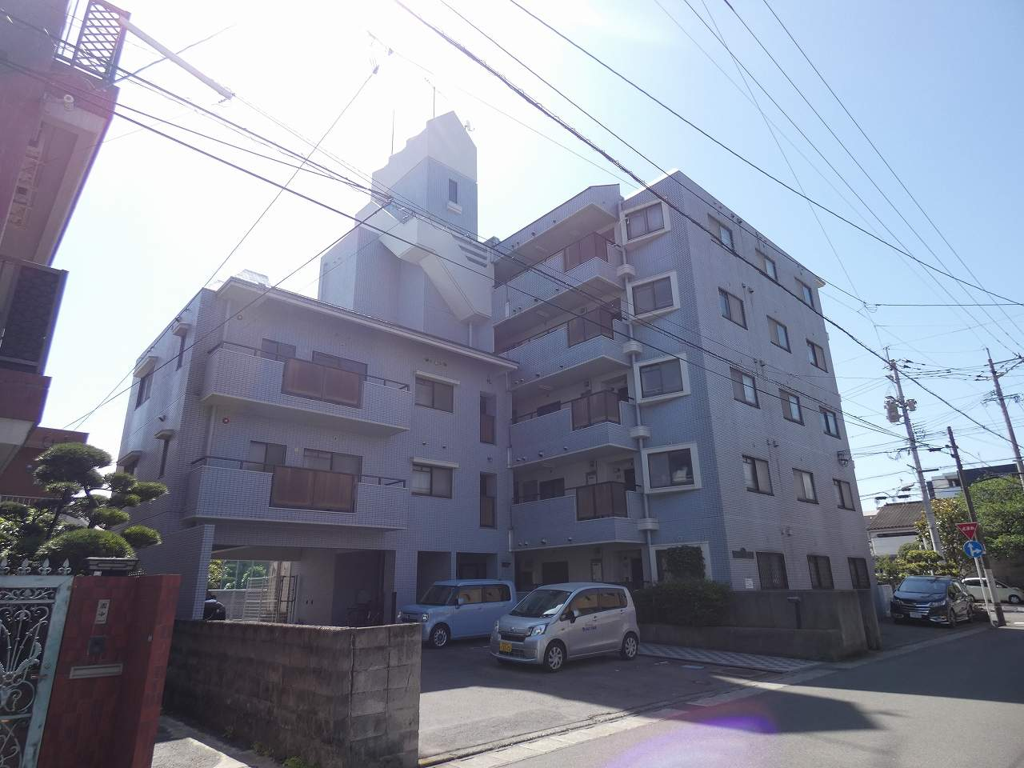 鹿児島県鹿児島市、鹿児島中央駅徒歩7分の築28年 5階建の賃貸マンション