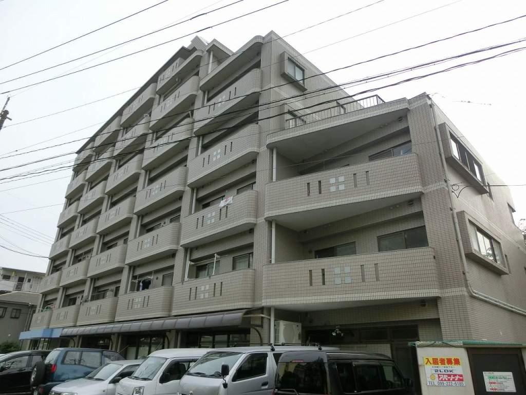 鹿児島県鹿児島市、荒田八幡駅徒歩11分の築24年 7階建の賃貸マンション
