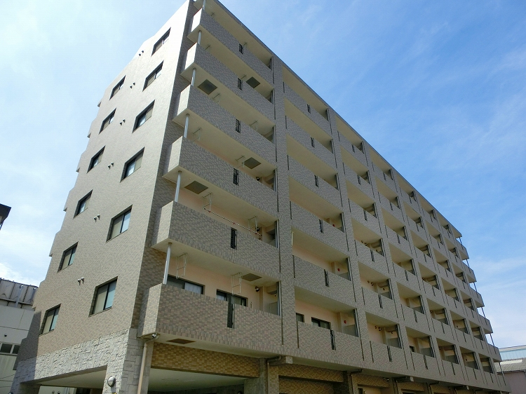 鹿児島県鹿児島市、南鹿児島駅徒歩12分の築10年 7階建の賃貸マンション
