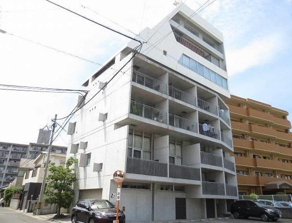 鹿児島県鹿児島市、二中通駅徒歩8分の築10年 8階建の賃貸マンション